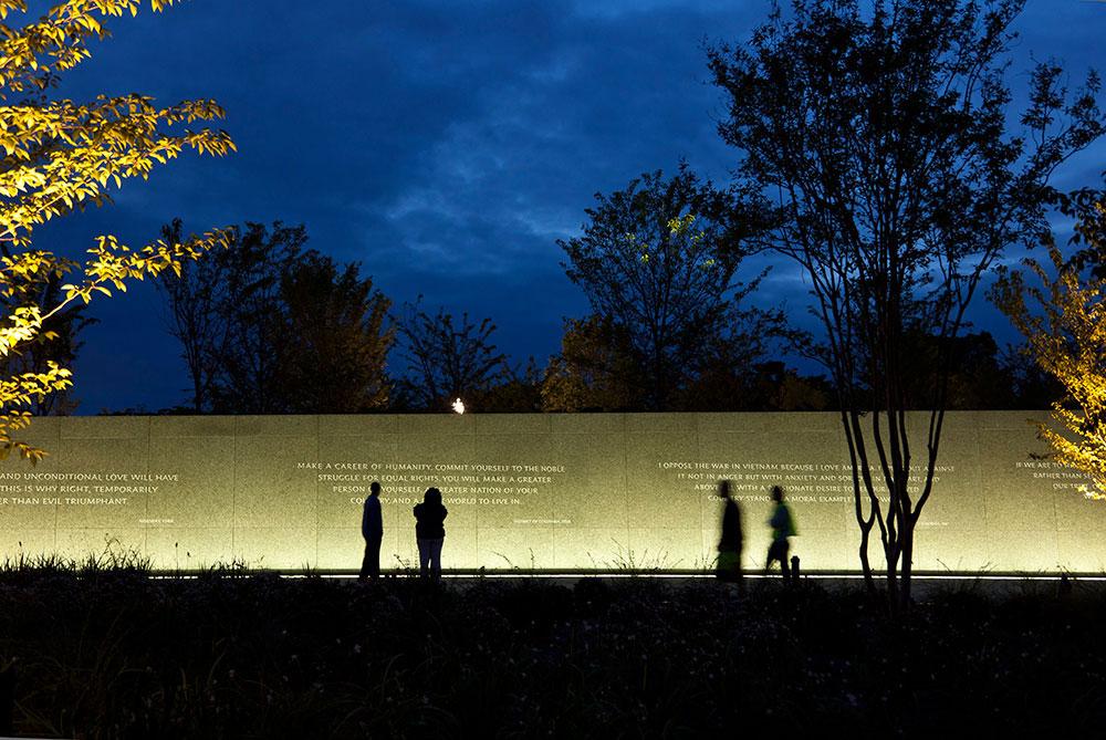 The martin luther king jr. memorial randy burkett lighting design